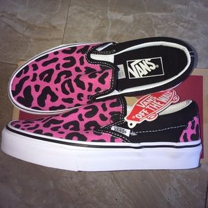 Vans Classic Slip-On Pink and Black Leopard